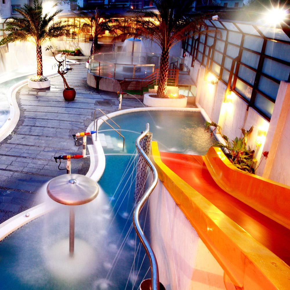 【電子票券】礁溪冠翔世紀溫泉會館 極上原湯戶外風呂水療SPA(需著泳裝)假日使用+$50