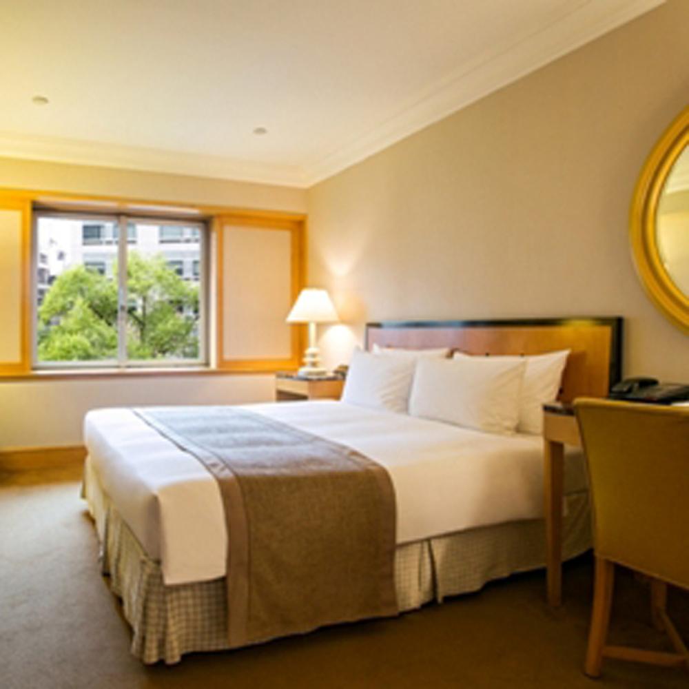 【電子票券】台北國賓飯店標準雙人客房1大床或2小床含自助式早餐住宿券(假日使用不加價)
