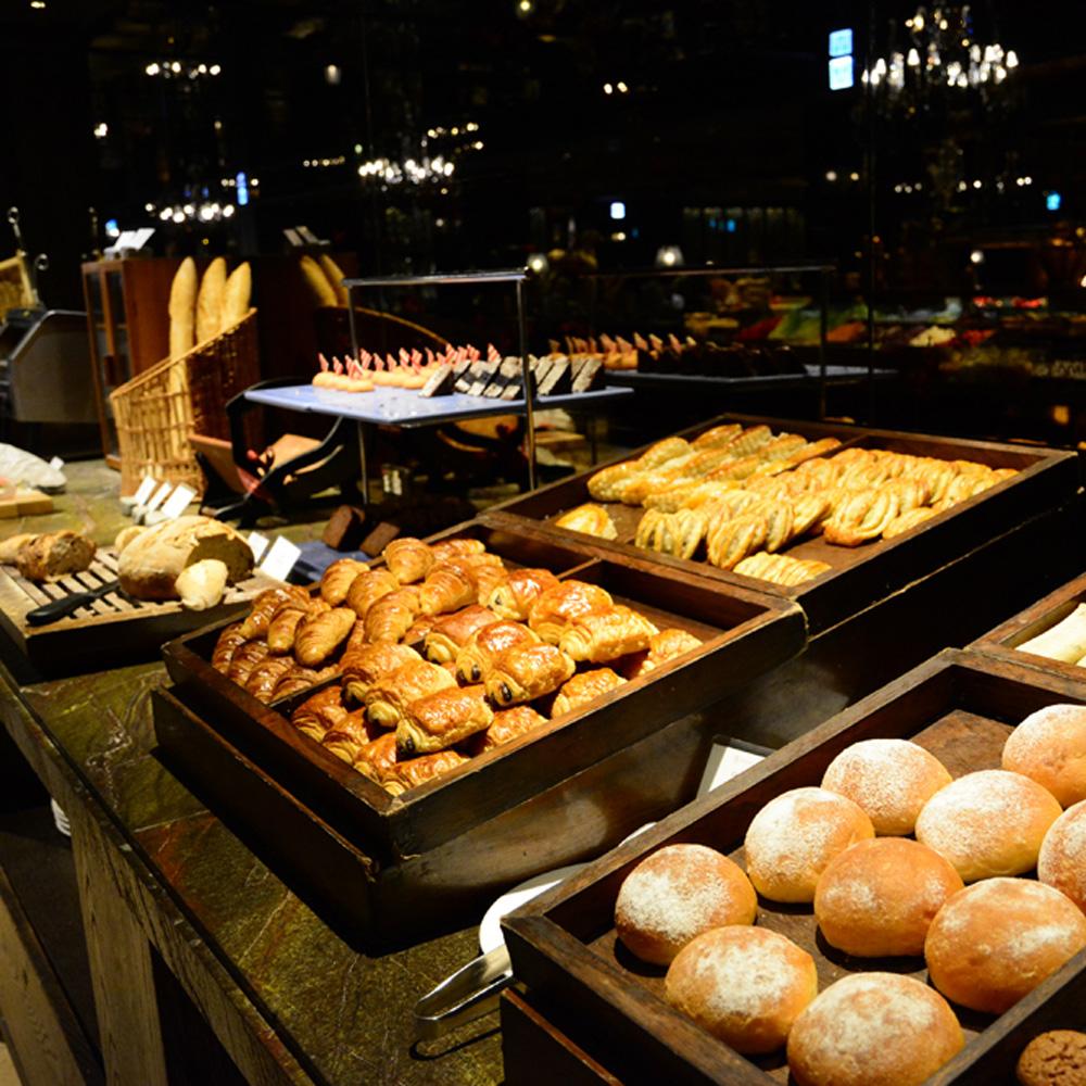 【電子票券】台北君品酒店6F雲軒3人自助式吃到飽早餐券(假日不加價)