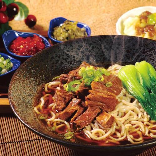 【電子票券】台北天成大飯店百合西餐廳主菜+沙拉吧吃到飽餐券(假日不加價)