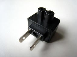電源轉換頭 電源轉接頭 美規扁2插轉 2孔 8字頭 電源轉接 各種充電器使用 免帶電源線轉頭