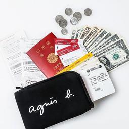 ☆Juicy☆日本雜誌附贈附錄 agnes b. 輕巧機能包 護照包 手拿包 長夾 7325