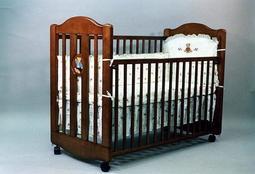 【小海豚】*L.A. Baby 凱麗熊可搖嬰兒原木中床白色/咖啡色#2700嬰兒床55*120cm