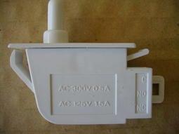 節能創富~冰箱燈開關K-14歌林、國際、三星、LG