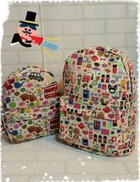 。~ Mian QQ ~。 塗鴉版英倫士兵/英倫街景休閒後背包。書包。NB包。 旅行包。親子背包。媽媽包(小)