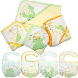 媽咪家【K024】K24包巾圍兜2件組 繡花 三角帽 護頭 浴巾 抱被 小被 防水 彎頭圍兜 彌月禮