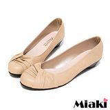 (現貨+預購) 【Miaki】MIT 流行百搭抓皺造型低跟包鞋娃娃鞋 (米色)