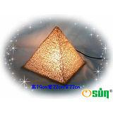【Osun】金字塔能量桌燈 小夜燈 桌燈 擺飾燈 禮贈品 台灣製(CE-129)