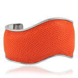 TODS 橘色真皮壓紋波浪形寬版手環