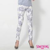 SOMETHING LADIVA花卉合身牛仔褲-女-藍紫色