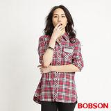 BOBSON 女款長版格紋襯衫(紅34135-17)