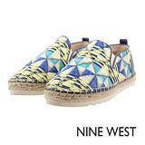 NINE WEST--運動風草編休閒鞋--幾何藍