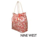 Nine West--渡假必備大容量印花包--甜蜜粉