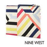 Nine West--不規則條紋手拿包--條紋橘