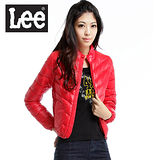 Lee 都市騎士 前拉鍊縮口立領短版輕量羽絨保暖外套-女款(紅) LL120456R5D