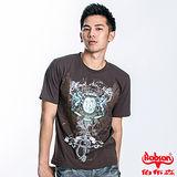 BOBSON 男款圖騰短袖上衣(咖22030-76)