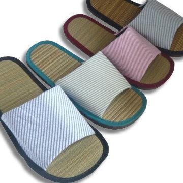 (e鞋院) [光采亮麗-時尚條紋]藺草室內拖鞋