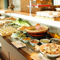 【5張出清價】台北亞都麗緻 / HOTEL ONE 台中亞緻酒店 28F 異料理 聯合餐劵 (午晚餐主菜+自助式沙拉吧 假日不加價)