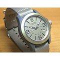 VICTORINOX 瑞士維氏 經典軍用腕錶(241516)米色