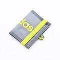 ★大包小包★ 入門必備配件【ADIDAS】繽紛運動束帶兩折短夾(灰色) S24720