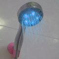 愛家捷時尚溫控變色噴水頭 LED溫控三色蓮蓬頭/三色炫彩花灑 蓮蓬頭 簡易辨識水溫 增加沐浴安全 浴室樂趣