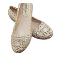 【CaiLing】碎鑽蕾絲花紋防水輕便鞋(卡其色貼鑽)