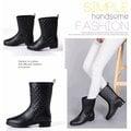 女靴 馬靴 菱格紋 雨鞋 中筒雨靴 平底 防水 長靴 中靴 短靴 格紋 格子 雨靴 素面 百搭 小香