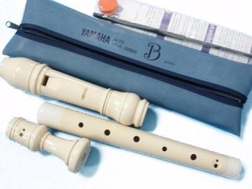 『YAMAHA 山葉英式中音直笛YRA-28B』附送笛袋、指法表、通條棒、潤滑油
