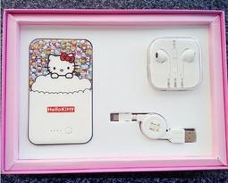 hello kitty創意手機充電寶 8800mah 行??源 小米索尼哆啦a夢移動電源VIP禮包