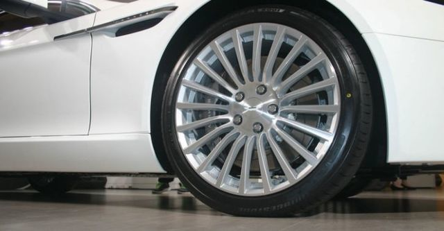 2015 Aston Martin Rapide S 6.0 V12  第2張相片