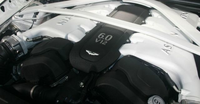2015 Aston Martin Rapide S 6.0 V12  第8張相片