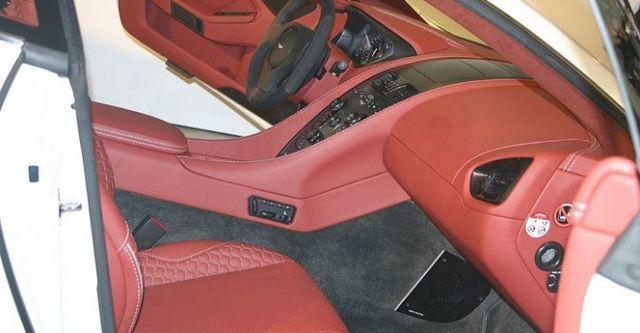 2015 Aston Martin Vanquish 6.0 V12  第6張相片