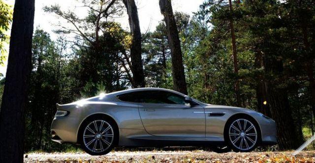 2014 Aston Martin DB9 6.0 V12  第2張相片