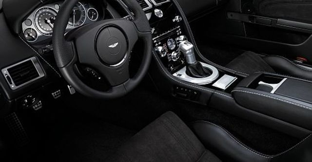 2012 Aston Martin DBS 6.0 V12 Coupe  第6張相片