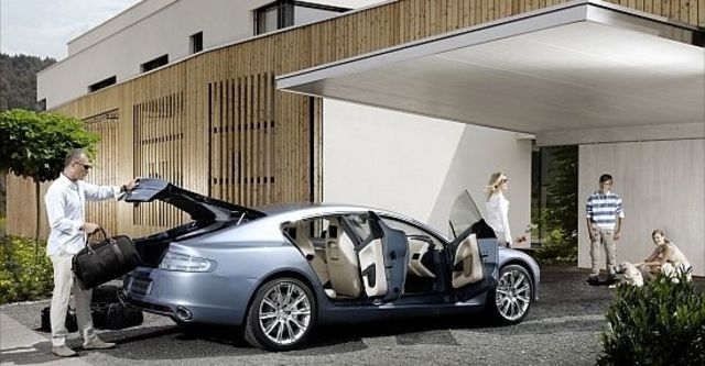 2011 Aston Martin Rapide 6.0 V12  第3張相片