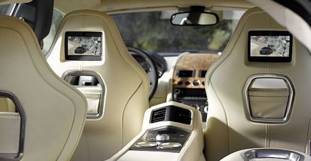 2011 Aston Martin Rapide 6.0 V12  第15張相片