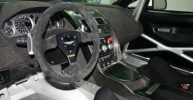 2011 Aston Martin Vantage GT4  第5張相片
