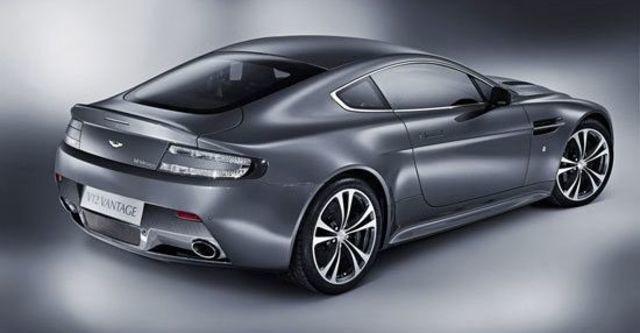 2011 Aston Martin Vantage V12 Coupe  第3張相片
