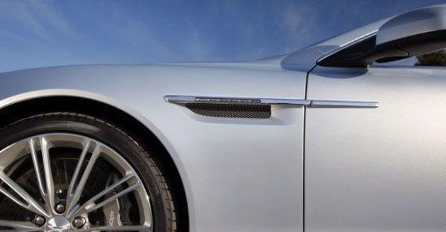 2011 Aston Martin Virage 6.0 V12 Coupe  第6張相片