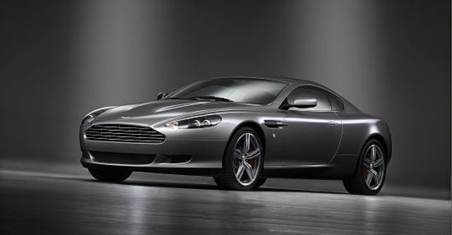 2010 Aston Martin DB9 Coupe  第3張相片