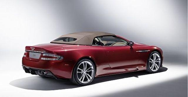 2010 Aston Martin DBS Volante  第12張相片