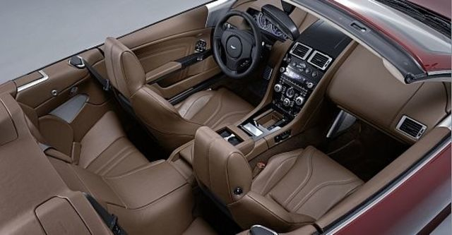 2010 Aston Martin DBS Volante  第13張相片
