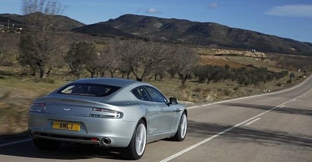 2010 Aston Martin Rapide 6.0 V12  第6張相片