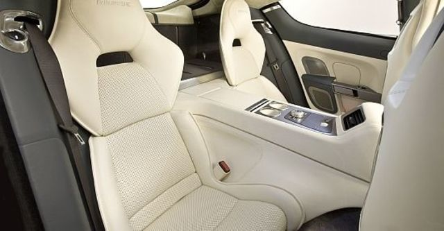 2010 Aston Martin Rapide 6.0 V12  第13張相片
