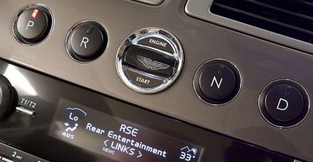 2010 Aston Martin Rapide 6.0 V12  第14張相片