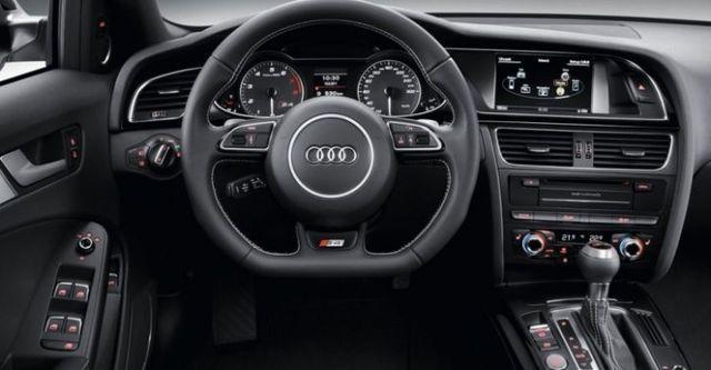 2015 Audi A4 Avant S4  第6張相片