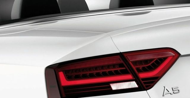 2015 Audi A5 Cabriolet 40 TFSI quattro  第2張相片