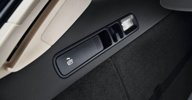 2015 Audi A6 Avant 35 TFSI  第10張相片