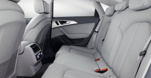 2015 Audi A6 Sedan 40 Hybrid  第10張相片