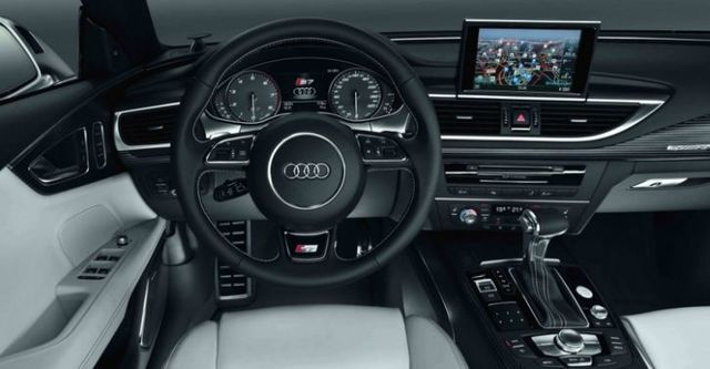 2015 Audi A7 Sportback S7  第7張相片